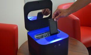 Le boîtier Uvo Care, conçu par l'entreprise T.Zic