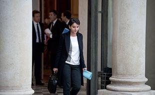 La ministre de l'Education nationale, Najat Vallaud-Belkacem à la sortie du conseil des ministres exceptionnel, samedi 14 novembre