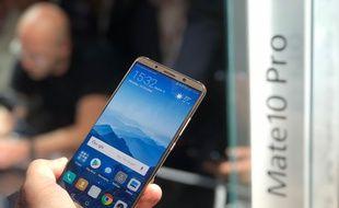 Le Huawei Mate 10 Pro, disponible en novembre.