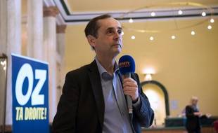 Robert Menard (G) le 28 mai 2016 à Béziers