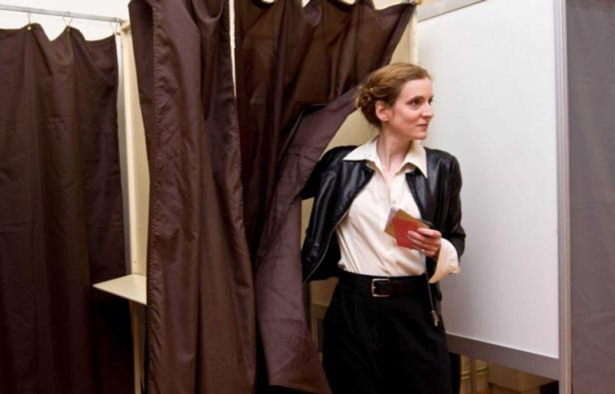 Nathalie Kosciusko-Morizet a voté à Longjumeau, dans l'Essonne, le 17 juin 2012. – PRM/SIPA