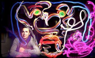 Gildas Malassinet-Tannou sera présent au festival des arts numériques, il est spécialisé dans le light painting.