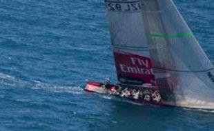 Team New Zealand devant Luna Rossa à Valence dans le cadre de la Coupe de l'America