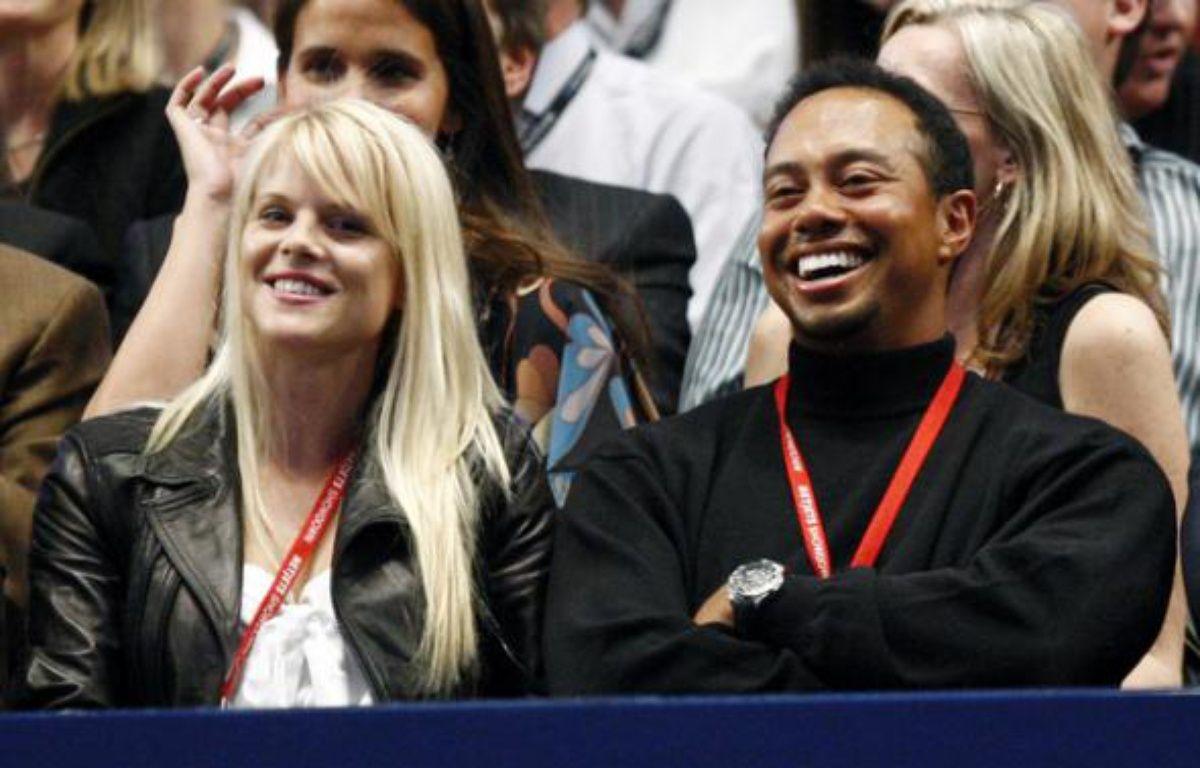 Tiger Woods et sa femme Elin Nordegren , le 11 mars 2008 à New-York. – M.Segar / REUTERS