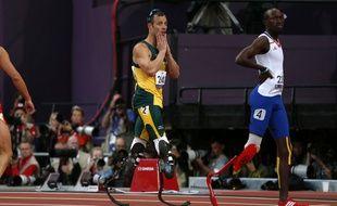 Jean-Baptiste Alaize (à d.), lors des Jeux paralympiques de 2012.