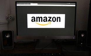 Les faux avis sont nombreux sur Amazon. (Illustration)