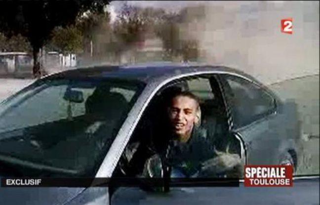 Les documents déclassifiés de la Direction centrale du renseignement intérieur (DCRI), remis aux juge chargés de l'enquête sur les tueries de Toulouse et Montauban, accréditent la piste islamiste et l'influence cruciale du frère de Mohammed Merah dans la radicalisation du tueur au scooter.