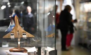 Exposition lors de la vente aux enchères des pièces de Concorde et d'Airbus à Toulouse, du 3 au 5 novembre