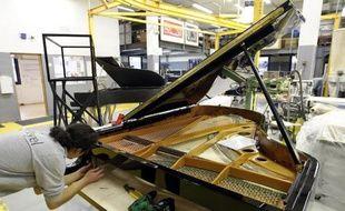Chopin, Liszt, Debussy ou encore Saint-Saëns y ont joué leurs plus belles partitions: les prestigieux pianos Pleyel ne sortiront bientôt plus de la manufacture de Saint-Denis qui fermera ses portes en fin d'année, 200 ans après la création de la marque.