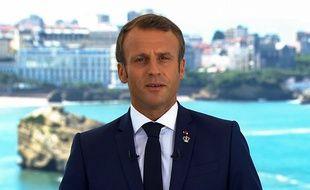 Emmanuel Macron a appelé, samedi 24 août 2019, les militants anti-G7 «au calme et à la concorde», quelques heures avant le début du sommet du G7 à Biarritz.