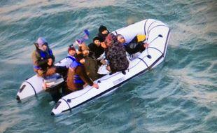 Une tentative de traversée de la Manche par des migrants (illustration).