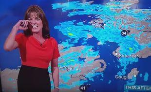 Louise Lear, présentatrice des bulletins météorologiques de la chaîne britannique BBC a cédé à un fou rire contagieux lors de son passage mercredi 3 août 2016.
