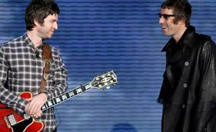 Noel et Liam Gallagher à Milan en 2008