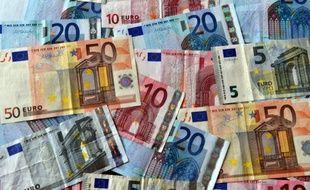 Des billets en euros en septembre 2014 à Lille.
