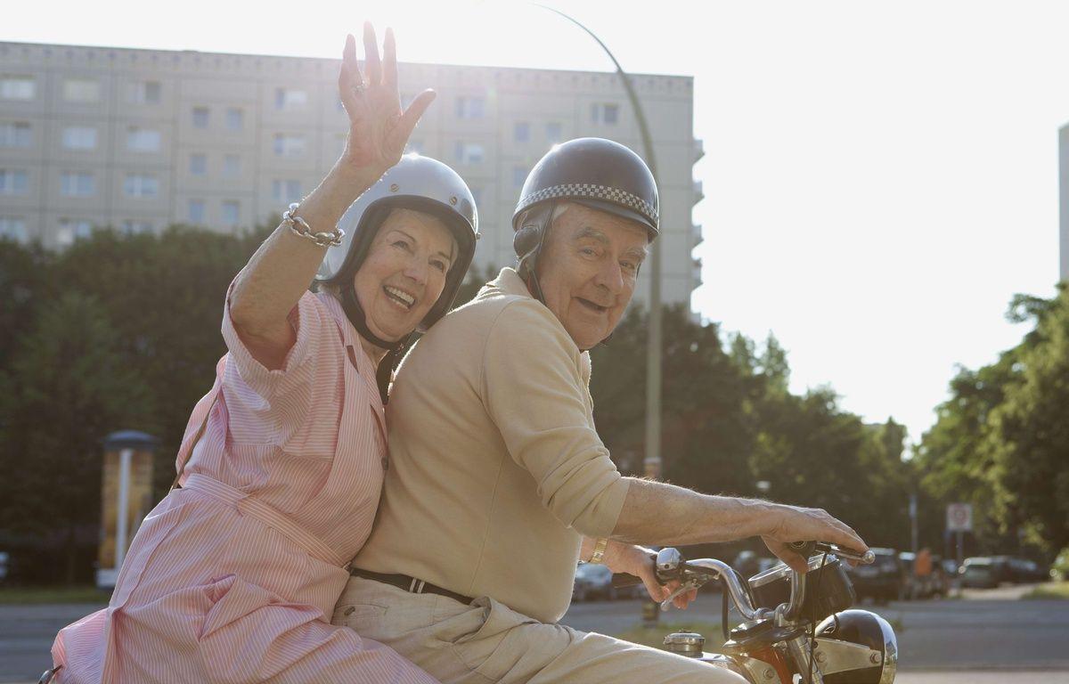 Un résident de maison de retraite fugue pour un rendez-vous romantique. (Illustration) – PURESTOCK/SIPA