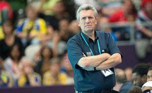 Le sélectionneur de l'équipe de France de hanball, Claude Onesta, lors d'un match contre la Suède aux Jeux olympiques de Londres, le 6 août 2012.