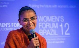 """L'ex-candidate écologiste à la présidence du Brésil, Marina Silva, a appelé le monde à se rebeller et à faire du sommet de l'ONU Rio+20 en juin la """"place Tahrir de la crise environnementale mondiale""""."""