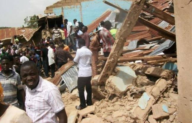 Des attentats revendiqués par les islamistes de Boko Haram ont eu lieu dimanche contre deux églises du centre et du nord-est du Nigeria, tuant au moins 4 personnes, dont un kamikaze, et en blessant une cinquantaine, selon des responsables nigérians.