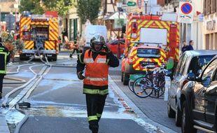 Les pompiers lors d'un incendie à Schiltigheim en septembre 2019 (illustration).