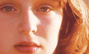 Une photo de Samantha Geimer, prise par Polanski en 1977.Elle figure sur la couverture des mémoires de Samantha Geimer, publiées aux Etats-Unis par Atria Books.