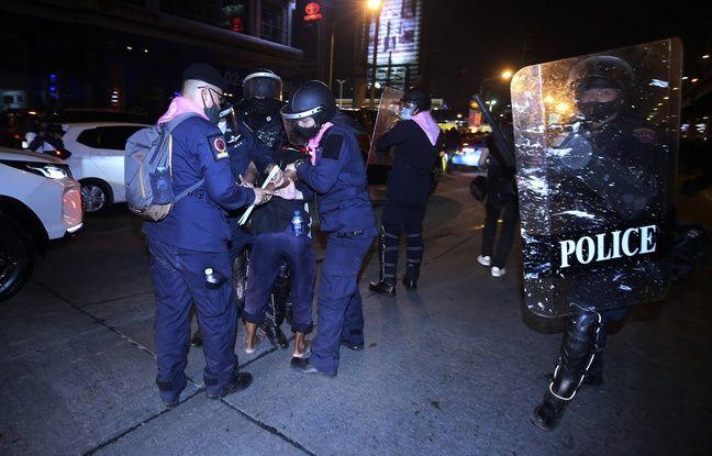 648x415 la police arretant un manifestant qui proteste contre le gouvernement thailandais a bangkok le 28