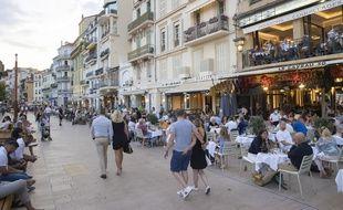 A Cannes, le 14 juillet 2020.
