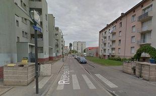 Rue de Nontron dans le quartier du Neuhof, à Strasbourg (Bas-Rhin).