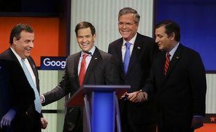 Les républicains Chris Christie, Marco Rubio, Jeb Bush et Ted Cruz, lors du débat organisé par Fox News, le 28 janvier 2016.
