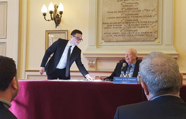 Jean-Claude Gaudin et ses conseillers lors des cérémonies des vœux