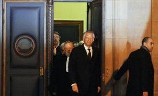 Le procès Clearstream, au cours duquel comparaîtra l'ancien Premier ministre Dominique de Villepin, se tiendra du 2 au 26 mai 2011, a annoncé mercredi la cour d'appel de Paris à l'occasion d'une audience de fixation.