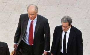 Patrice de Maistre, ex-gestionnaire de fortune de Liliane Bettencourt, saura vendredi s'il est libéré après une semaine de détention dans le cadre de l'affaire Bettencourt, qui agite de plus en plus les politiques, à moins d'un mois de la présidentielle.