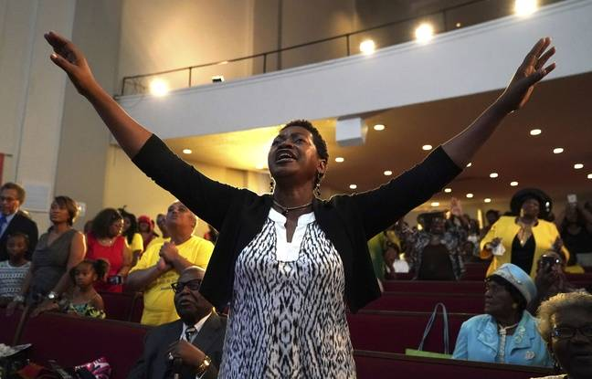 Aretha Franklin célébrée par les fidèles de l'église de son père à Détroit
