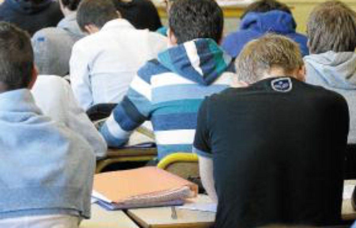 Des classes à 35 élèves au lycée. –  F. Scheiber/20 minutes