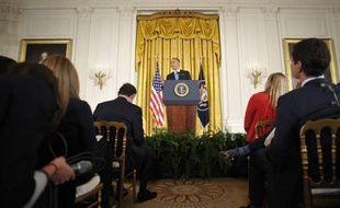 Barack Obama a affirmé mercredi que le scandale qui a coûté sa place au chef de la CIA David Petraeus n'avait a priori pas eu de conséquences sur la sécurité nationale des Etats-Unis, et défendu avec passion son ambassadrice à l'ONU Susan Rice dans l'affaire de Benghazi.
