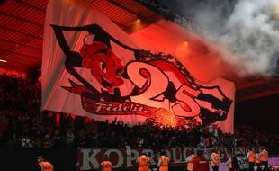 Le Kop Rouge, au stade du Roudourou de Guingamp.