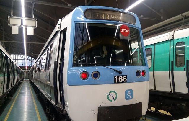Il sort une arme dans le métro et provoque une panique 640x410_metro-ligne-7