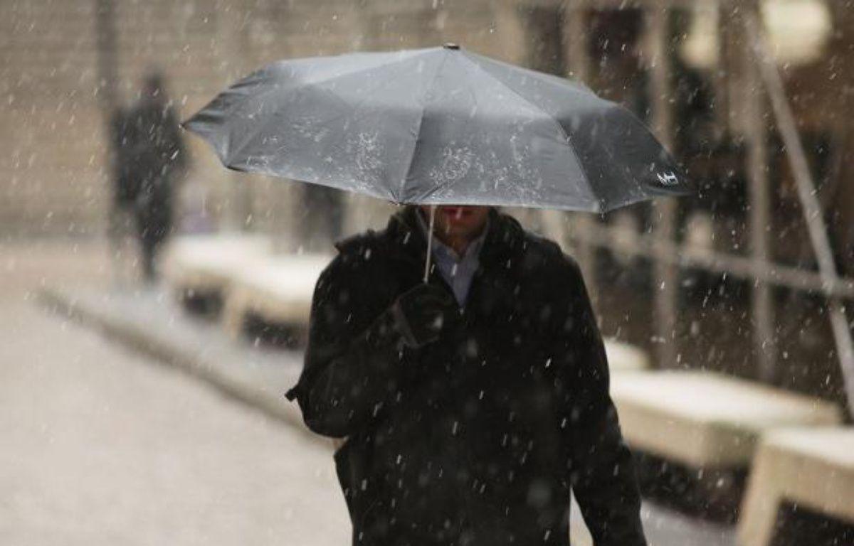 """Une """"tempête hivernale majeure"""" devrait frapper vendredi le nord-est des Etats-Unis, avec de fortes chutes de neige assorties par endroits de vents violents, a annoncé jeudi la météo nationale, parlant d'une tempête """"potentiellement historique"""". – Spencer Platt afp.com"""