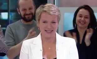 Elise Lucet lors de son dernier JT de 13 heures sur France 2, le 29 avril 2016.