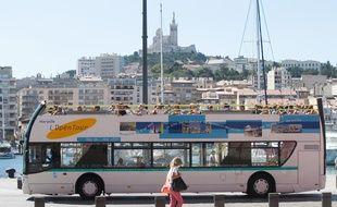 Illustration sur le tourisme autour du vieux port