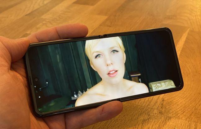 L'écran de 6,7 pouces pliable du Galaxy Z Flip (avec ici PampamooseMusic).