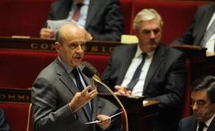 Le ministre des Affaires étrangères Alain Juppé à l'Assemblée nationale, lors des questions au gouvernement, le 15 novembre 2011