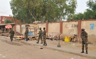 Des soldats à Kano, au Nigeria, après un attentat commis par Boko Haram le 18 novembre 2015.
