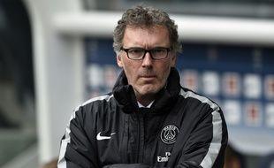 L'entraîneur du PSG Laurent Blanc lors d'un match contre le Losc, le 25 avril 2015 au Parc des Princes.