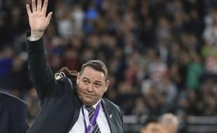 L'ancien entraîneur des All Blacks, Steve Hansen, après avoir reçu la médaille de bronze lors de la Coupe du Monde de Rugby 2019 au Japon, le 1er novembre 2019.