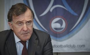 Pierre Ferracci, le président du Paris Football Club, lors d'une conférence de presse à Paris, le 8 janvier 2013.