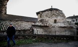 La commune du Teil en Ardèche a été la plus touchée par le séisme qui a frappé lundi le Sud de la France.
