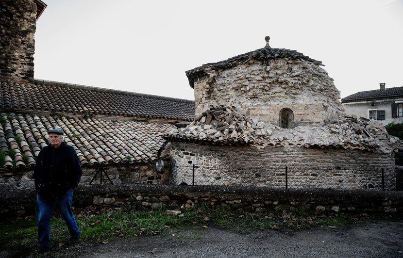 Séisme en France: L'Ardèche, département le plus touché, panse ses plaies