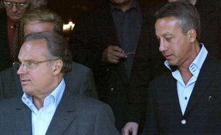 Gérard Louvin et Daniel Moyne, le 13 juin 2003, aux obsèques de Guy Lux à Neuilly-sur-Seine.