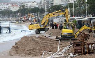 Plage de Cannes après la tempête le 5 mai