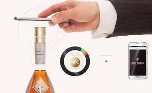 La bouteille connectée du Cognac Rémy Martin.